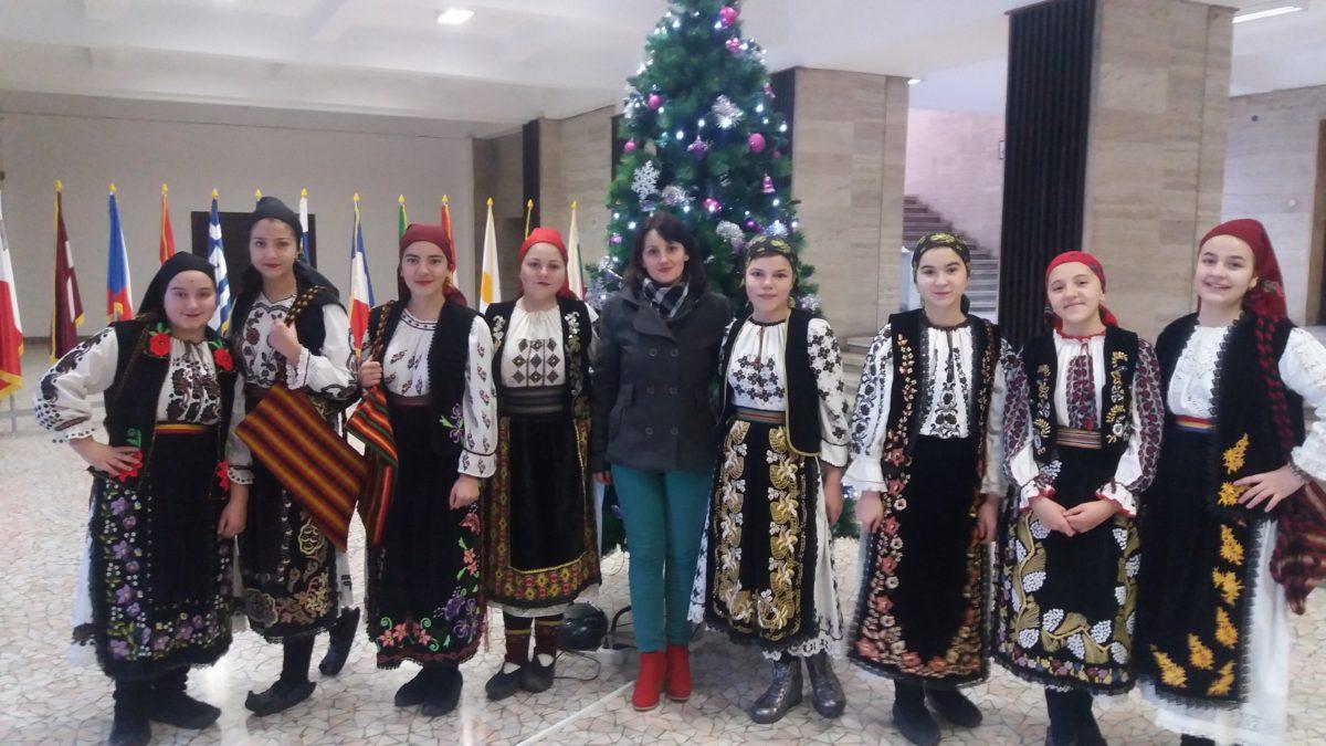 Ambasade din București colindate de rudăreni